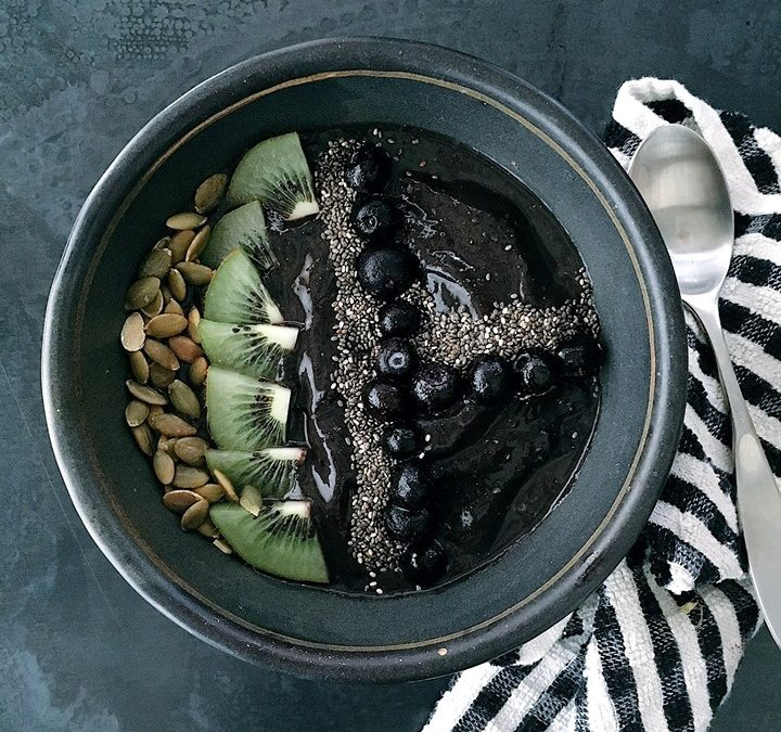 Black Magic Smoothie Bowl